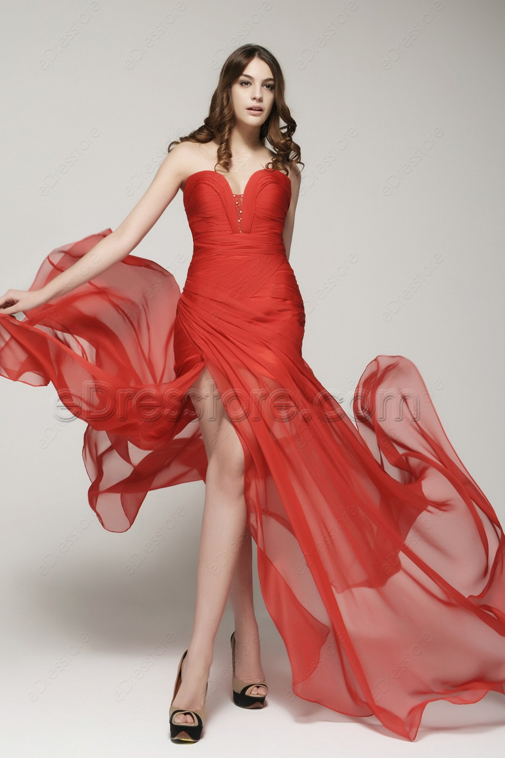 Red Flowing Chiffon Prom Dresses With Slit