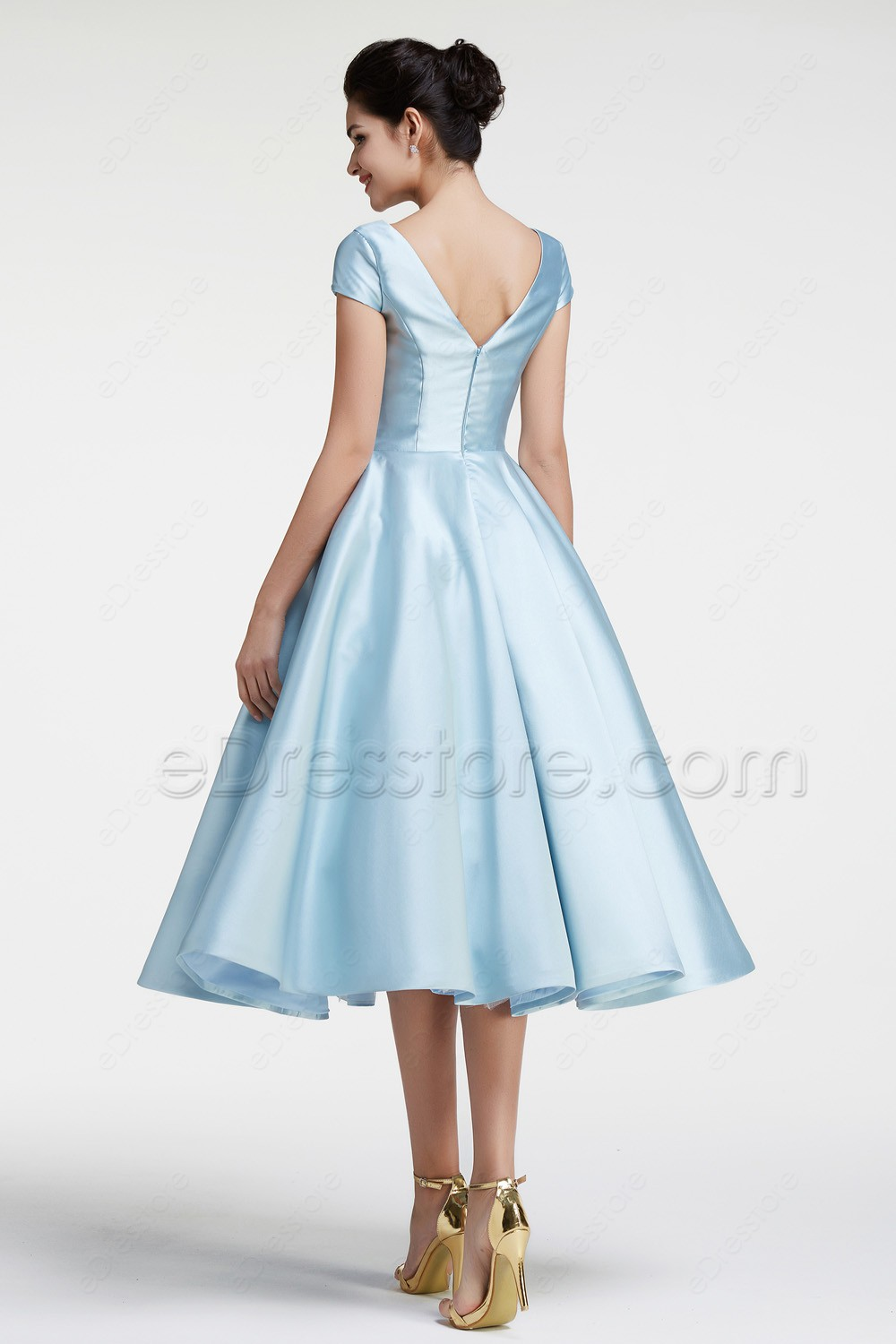 Modest Ball Gown Ice Blue Vintage Prom Dress with Sleeves