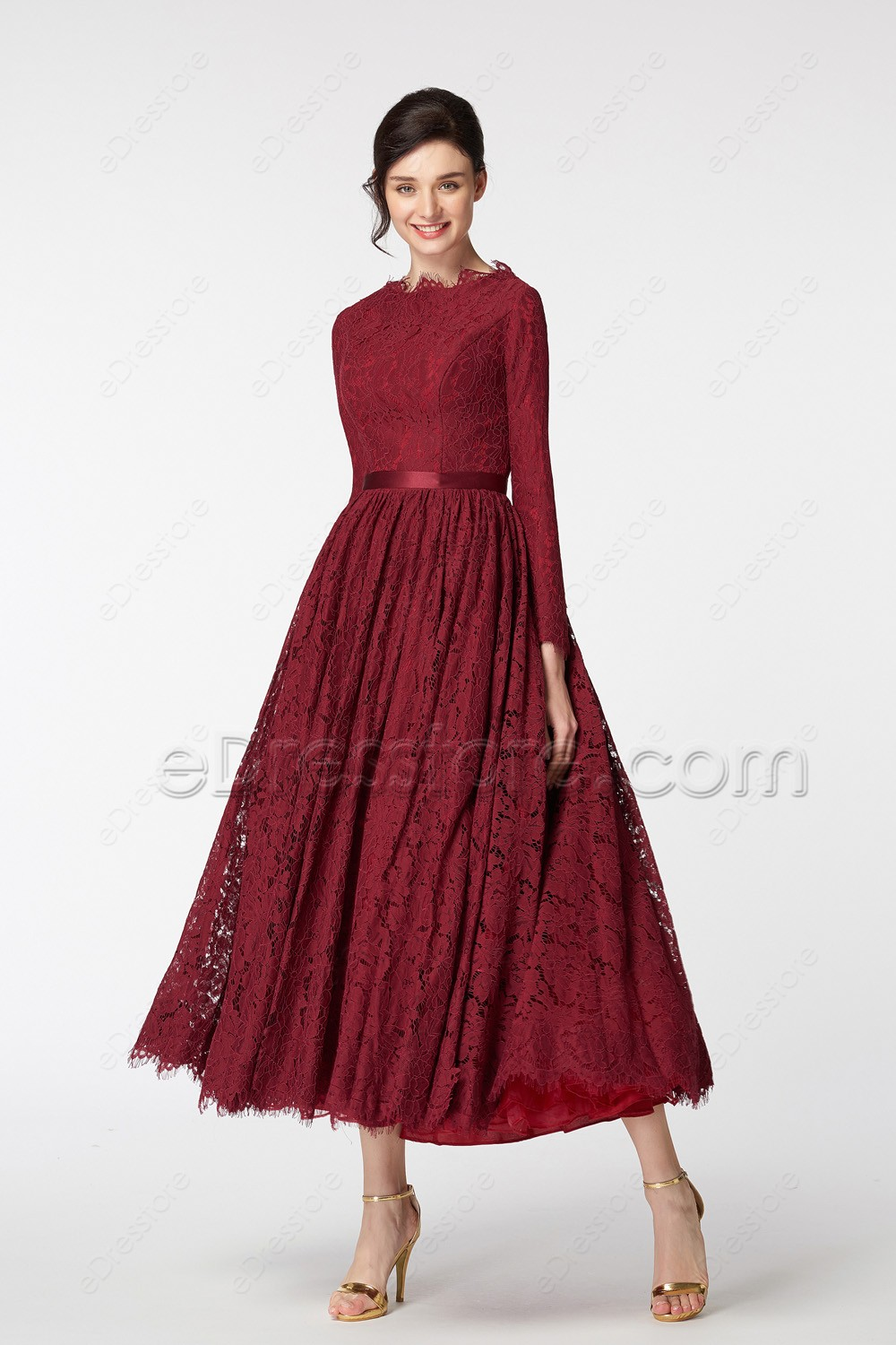 Modest Scalloped Lace Vintage Burgundy Prom Dresses Long